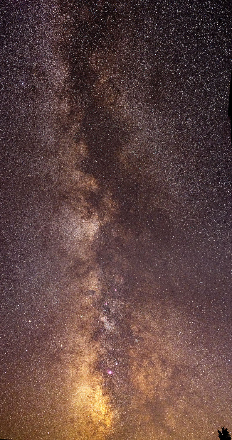 Summer Milky Way panorama, Sagittarius to Scutum / Photo: Tim Frazier